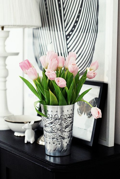 pink tulips flowers pinterest deko ideen kr nze und silber. Black Bedroom Furniture Sets. Home Design Ideas