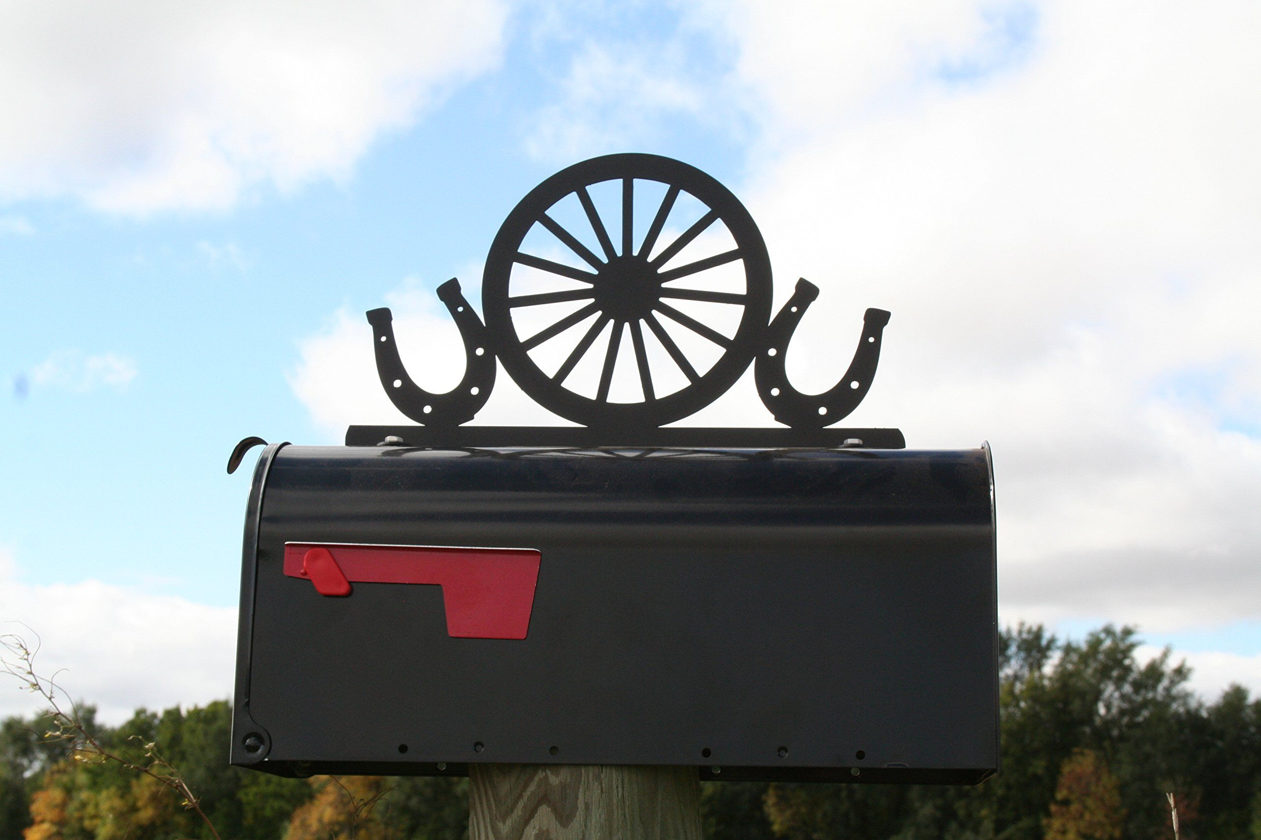 Western Wagon Wheel And Horse Shoes Metal Mailbox Topper Metal Mailbox Wagon Wheel Large Mailbox