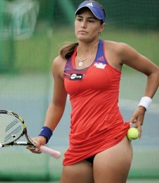 Guys only: best legs and other best female issues | WTA