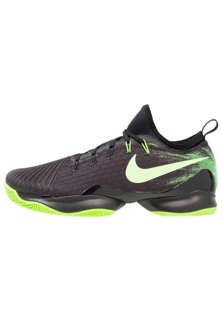 01d8e79b0b ¡Consigue este tipo de zapatillas de Nike Performance ahora! Haz clic para  ver los