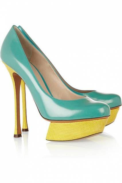 Calzado para invitadas 2013: tendencias en colores fluorescentes [Galeria]