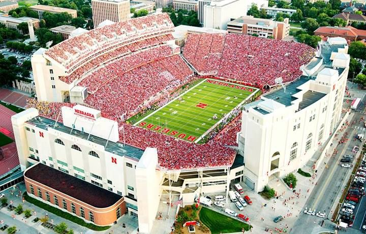 The 91 000 Sea Of Red Memorial Stadium Lincoln Nebraska