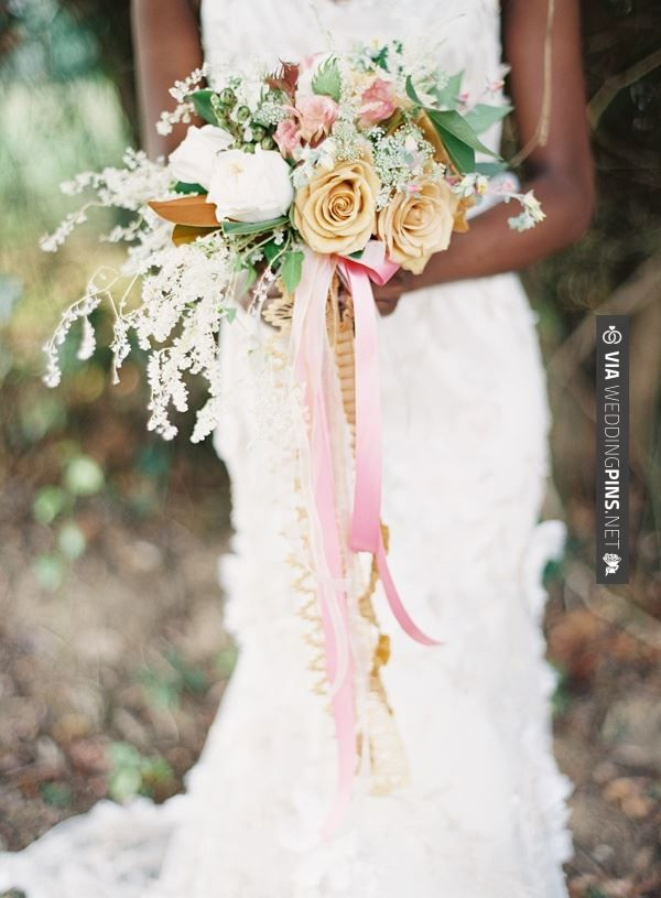 Yes - Trailing Bouquet | CHECK OUT MORE GREAT VINTAGE WEDDING IDEAS AT WEDDINGPINS.NET | #weddings #vintagewedding #weddingvintage #oldweddingphotos #events #forweddings #iloveweddings #romance #vintage #planners #old #ceremonyphotos #weddingphotos #weddingpictures
