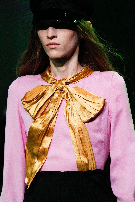 Gucci Spring 2017 Menswear Fashion Show   Mezclilla de colores ...