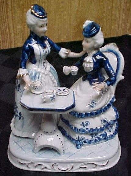 Blue And White Victorian Figurines Blue White Porcelain