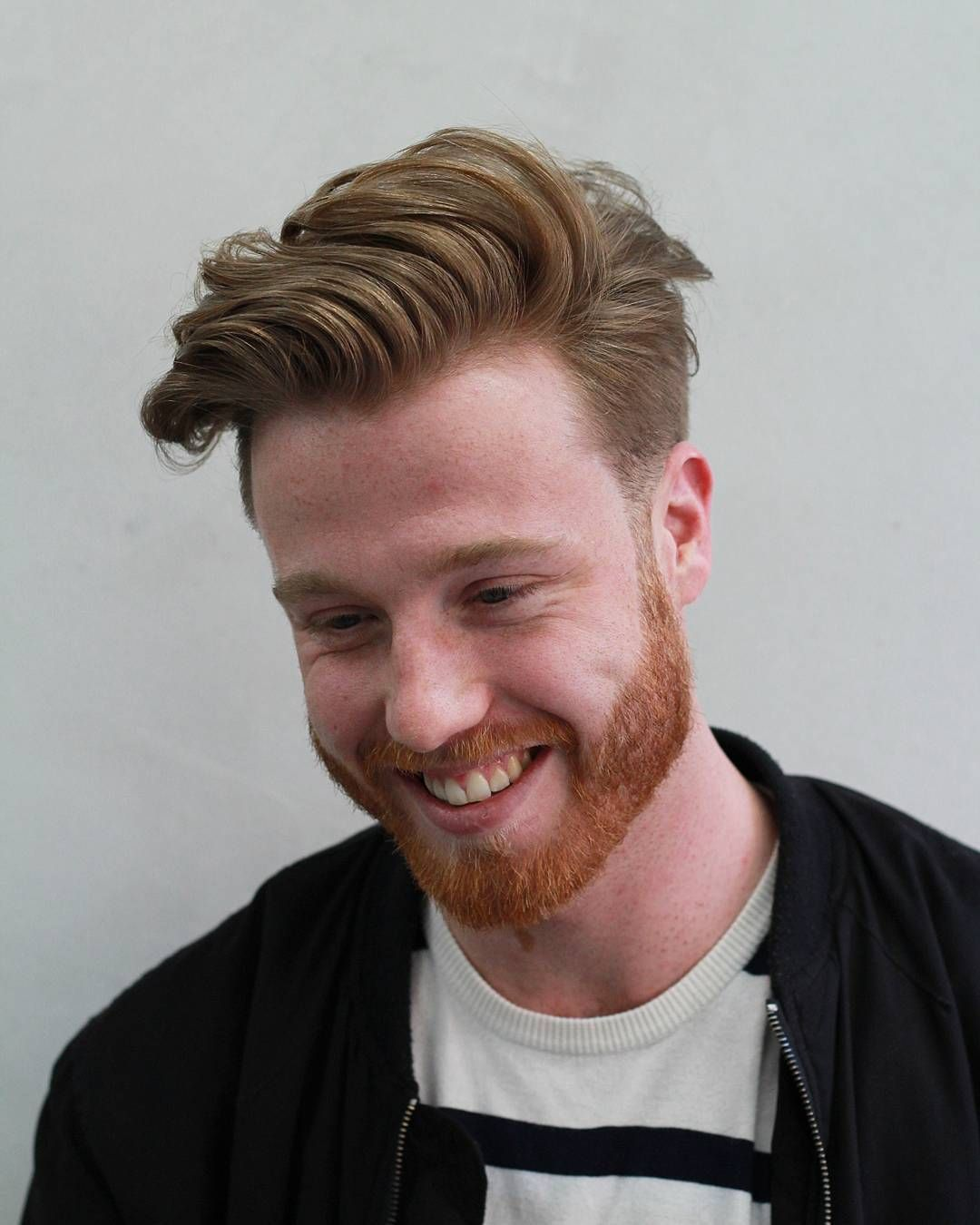 20 Awesome Haircuts For Round Faces Men S Hairstyles Round Face Haircuts Wavy Hair Men Mens Hairstyles