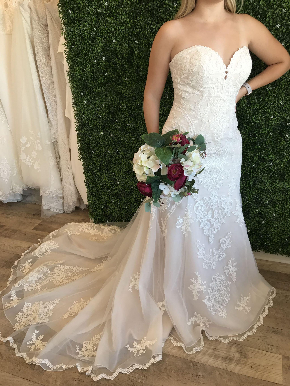 Stella York 6716 899 Size 16 Sample Wedding Dresses Wedding Dresses Unique Used Wedding Dresses Wedding Dresses [ 2730 x 2048 Pixel ]