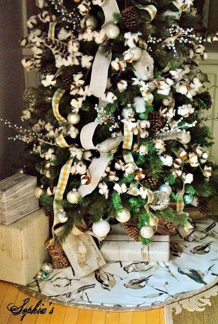 The Nice List Stunning Christmas Homes Christmas Tree Themes