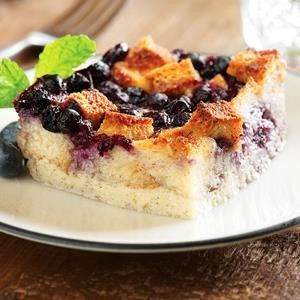 Blueberry Spiced Bread Pudding Recipe Sweetened Condensed Milk Recipes Bread Pudding With Croissants Condensed Milk Recipes