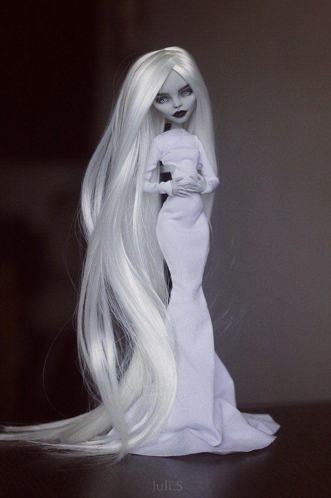 OOAK Monster High Ghoulia #OOAK #MonsterHigh #JuliSidorova #Ghoulia #OOAKMonsterHigh #OOAKGhoulia #ooakmonsterhigh