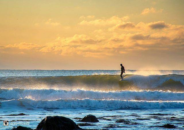 From @dragnolcaasi Magical morning moment! #morning #surf #sunrise #igersnovascotia #visitnovascotia #explorecanada #haligonia #halifax…
