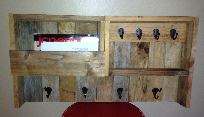 Diy Pallet Coat Hanger Key Hanger And Mail Holder For Our Entryway Pallet Wall Art Wood Pallet Crafts Diy Holder