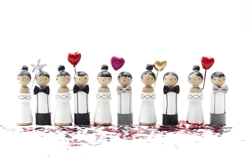 Vive les mariés !  #caketoppers  http://www.lespoisplumes.fr/Mariage/Cake-Toppers