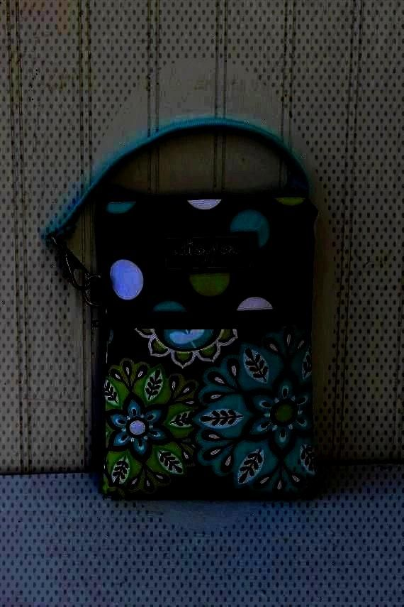 Gadget, iPhone6, iPhone 6 Plus, iPod, cellphone, Samsun... Dot and Harvest Bloom 2 Pocket Padded Ga