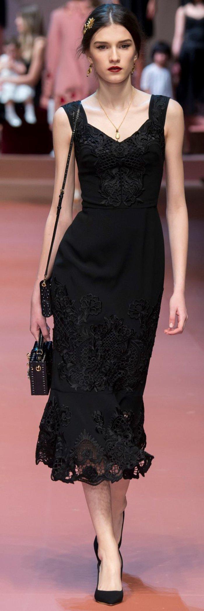 Lange schwarze schlichte kleider