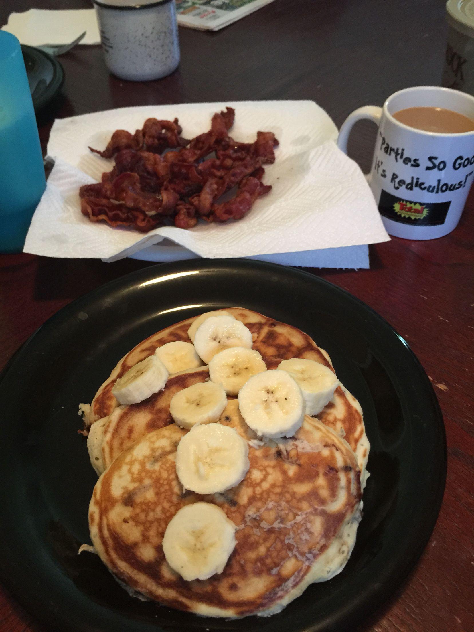 Chox chip pancakes and bacon, yum!  Bonnie made it.  :)