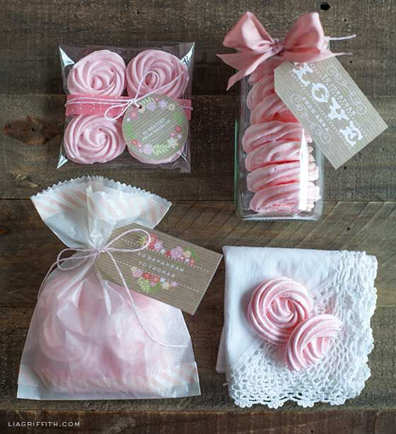 Gift wrapping for raspberry rose meringues raspberry for Food gift packaging ideas
