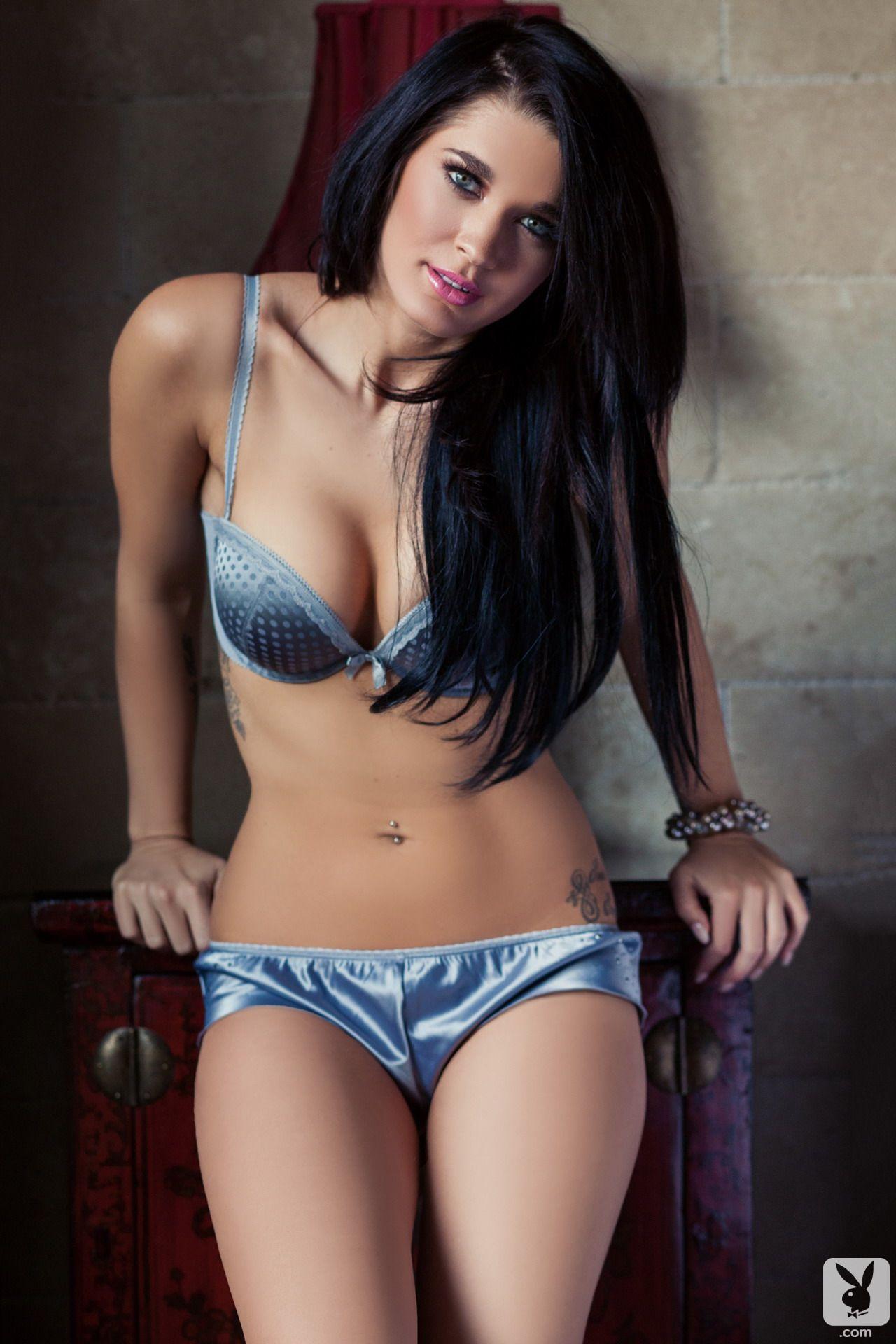 Brittani Jayde Nude Photos 32