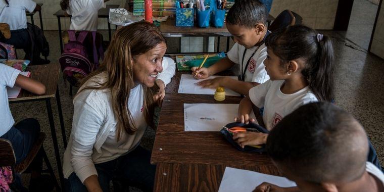 Venezuela: luchar contra la violencia diaria y sus secuelas | Nuestros servicios de salud mental se centran en supervivientes de violencia sexual y víctimas de violencia urbana. De estos últimos, un 42% de ellos son niños y adolescentes.