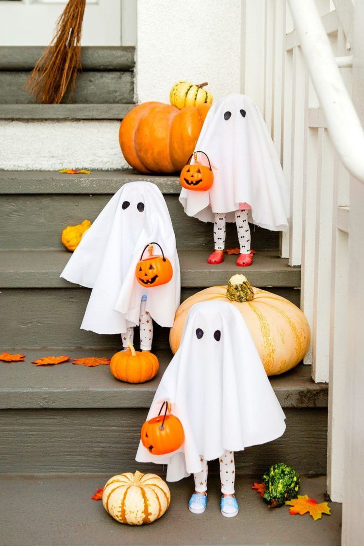 55 Easy DIY Halloween Decorations That Are Wickedly Creative