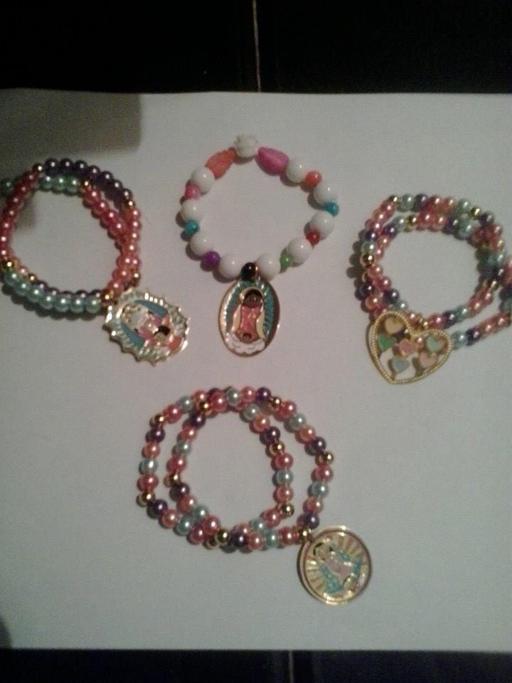 pulseras color paste con virgen