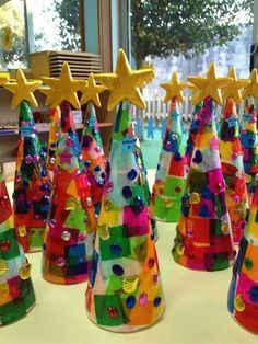 Tissue Paper Christmas Trees Love These Cute Kids Crafts Fun Activity For The Kids To Do During Winter Br Preschool Christmas Christmas Crafts Holiday Crafts