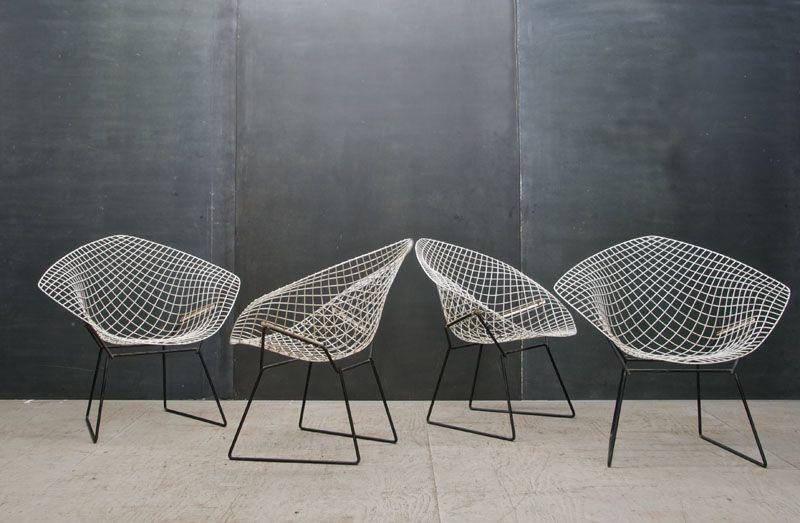 Maison designklassiker der bertoia diamond sessel von for Stuhl design entwicklung