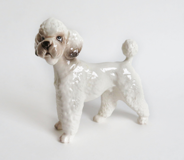 Poodle Dog Figurine Vintage Standard Poodle Figurine Poodle Gift Dog Lover Gift Dog Collectable Poodle Dog Dog Figurines Dog Lovers