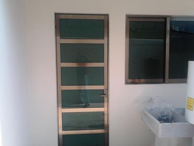 Puerta de aluminio para cocina buscar con google hogar - Aluminio para puertas ...