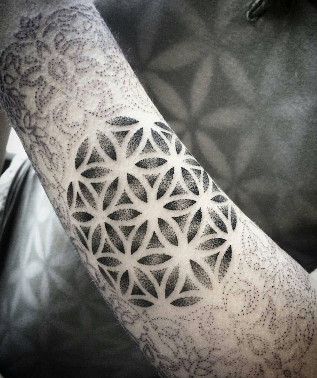 35 Cool Flower of Life Tattoo Ideas The Geometric
