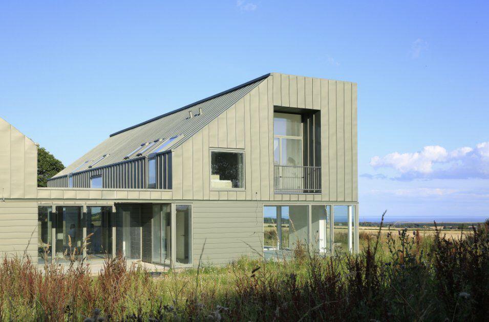 Zinc house ljrh graeme hutton architecture pinterest for Modern zinc houses