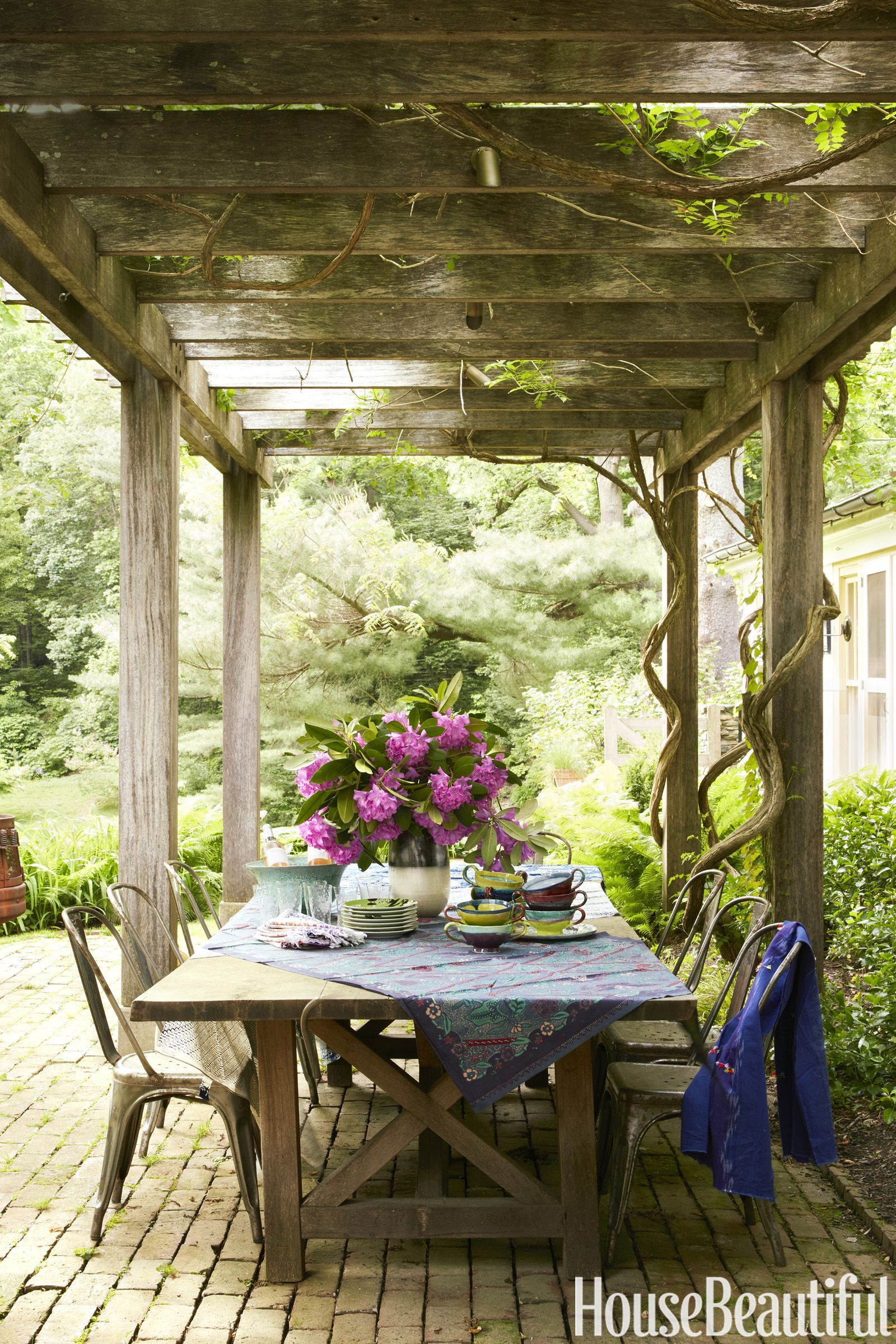 Patios Decorados A Historical Pennsylvania Home Is Refined And Casual All At Once