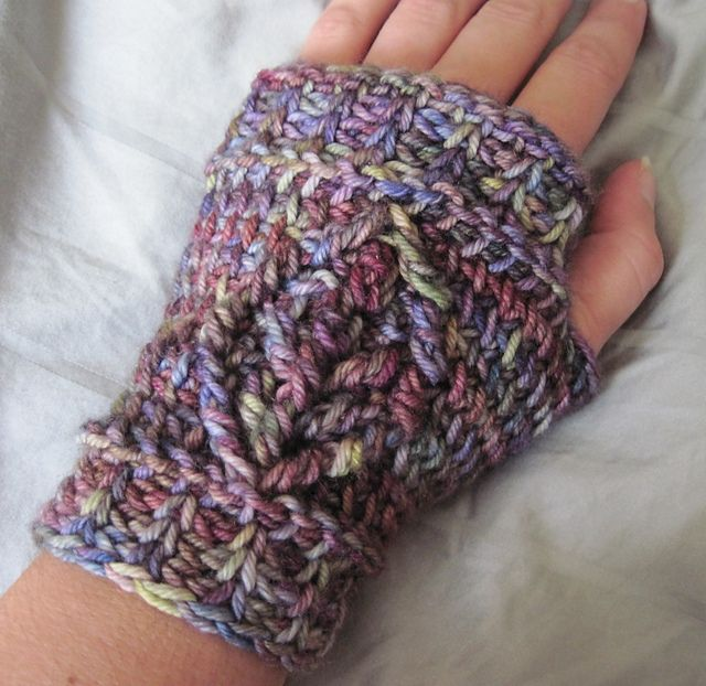 Apple Picking Fingerless Gloves Pattern By Rebekah Thompson