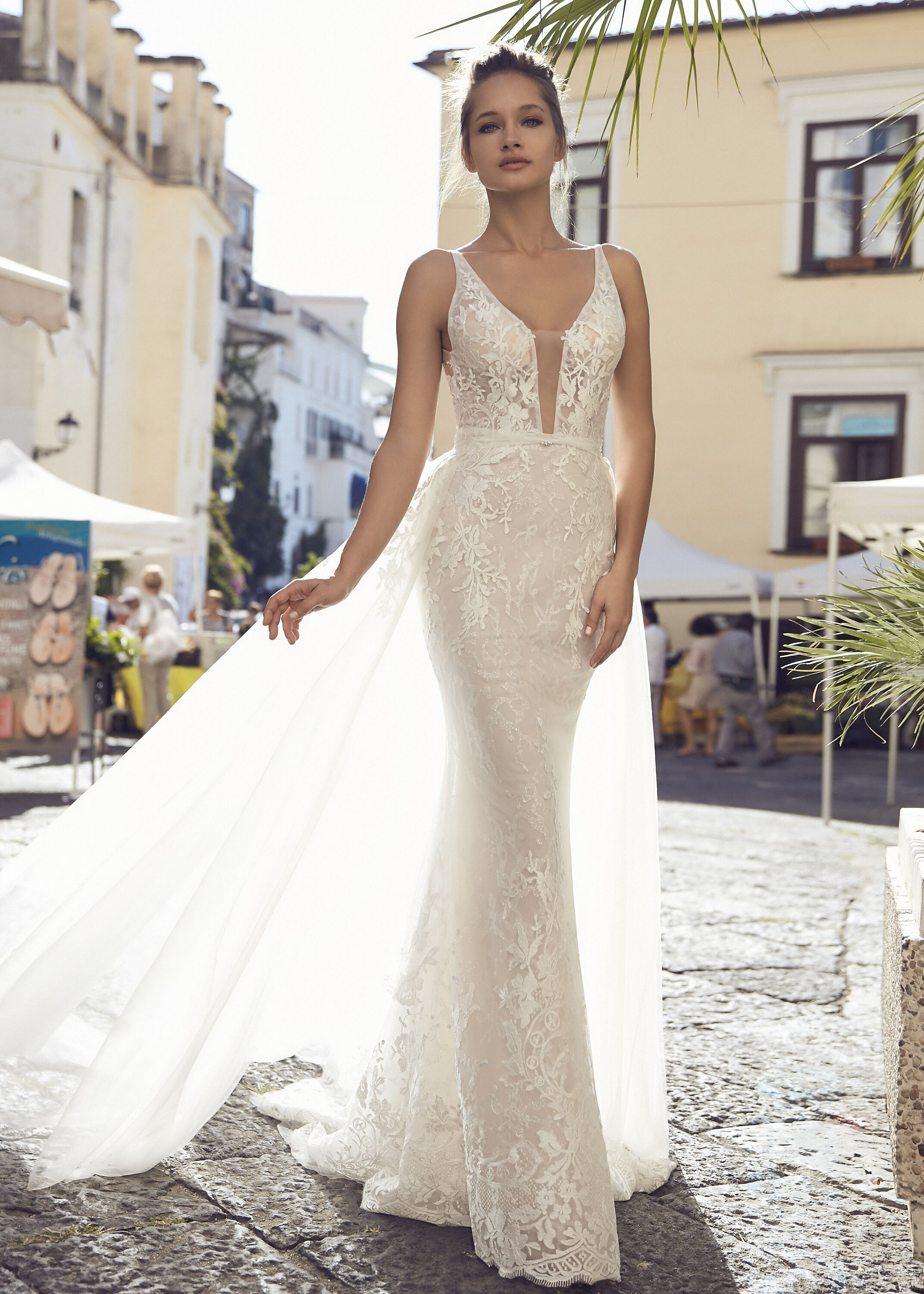 2in1 wedding dress, with detachable skirt in 2020 Belle