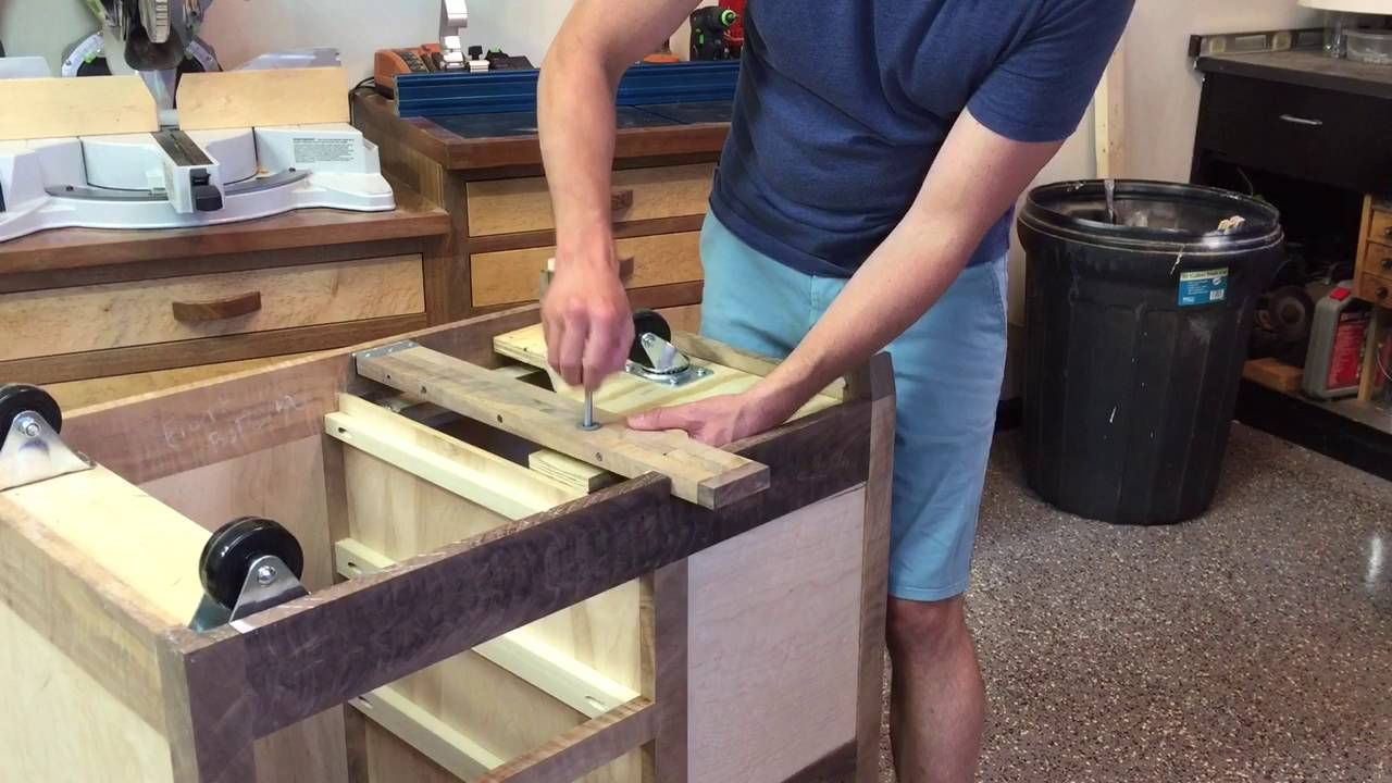 Homemade router table top  DIY Mobile Tool Base  Workshop Ideas  Pinterest  Router table