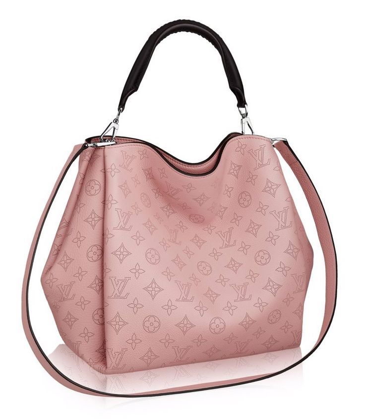 louis vuitton 22 bags that prove the hobo bag s comeback is real purses pinterest schuhe. Black Bedroom Furniture Sets. Home Design Ideas