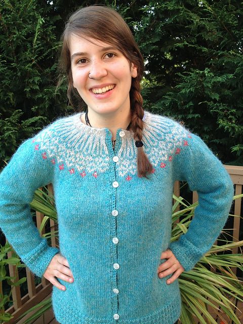 ef3a9a57f841 Top-Down Icelandic Sweater pattern by Ragga Eiríksdóttir