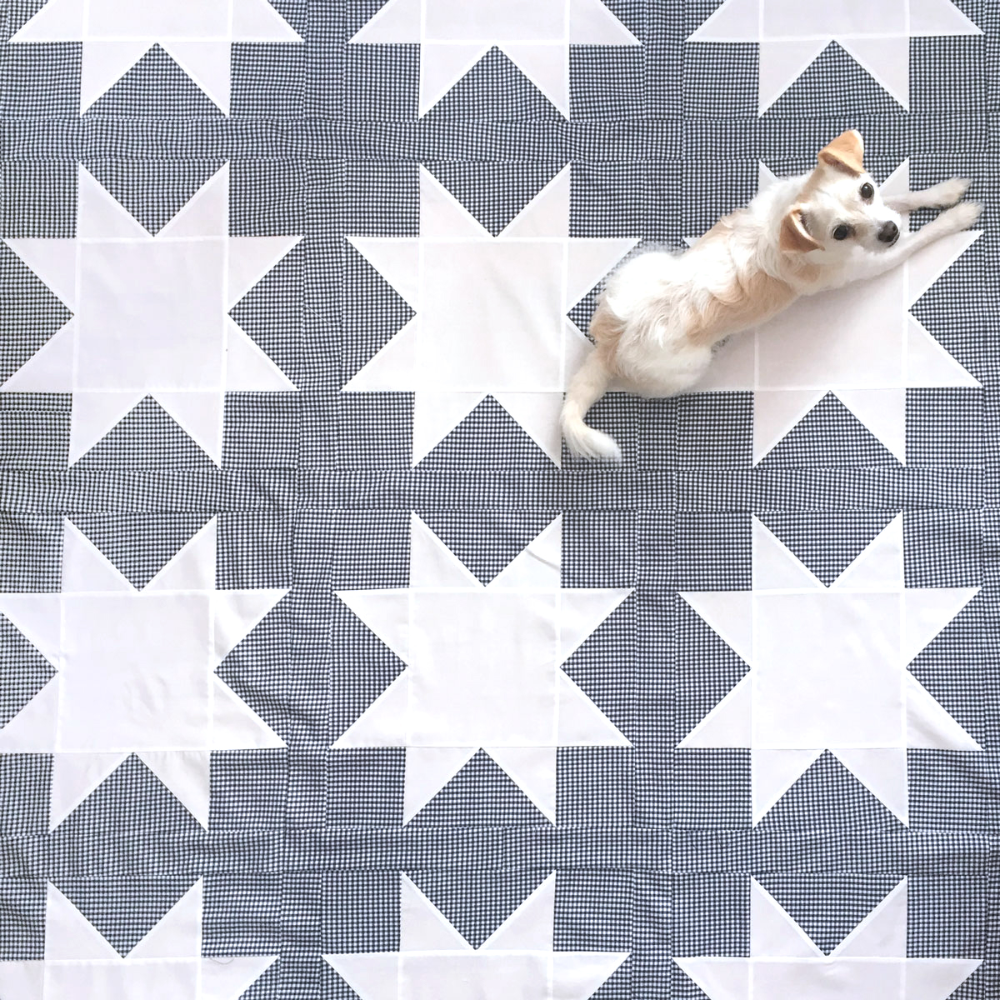 Reverse Sawtooth Star Quilt Pattern - Suzy Quilts