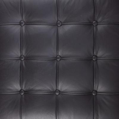 Smacchiare e ravvivare i mobili in ecopelle nera | vivere verde