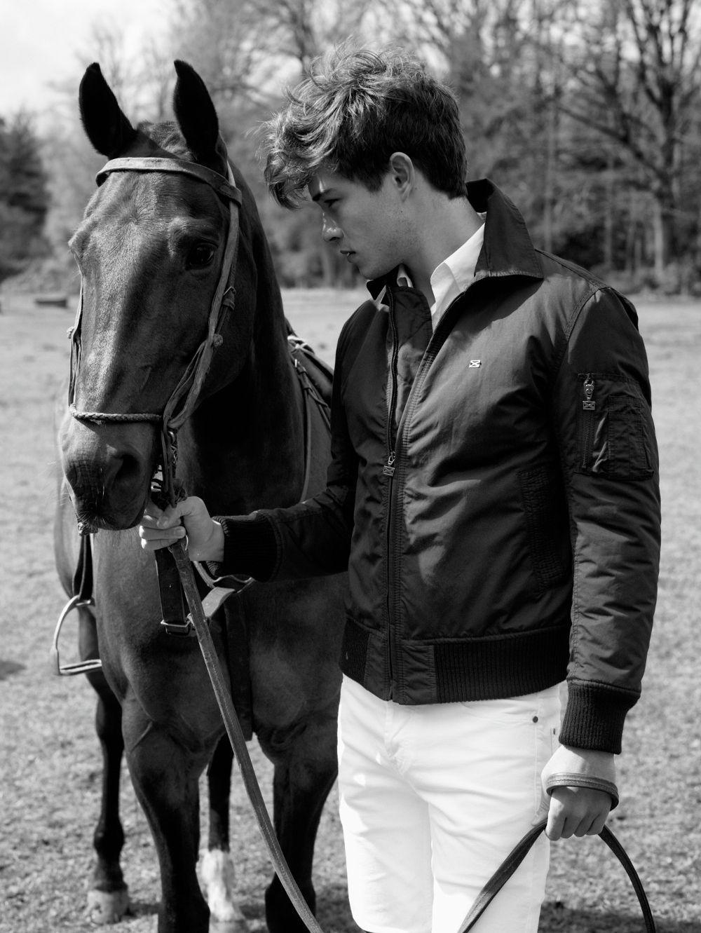 Красивые картинки с парнями лошадьми, открытка