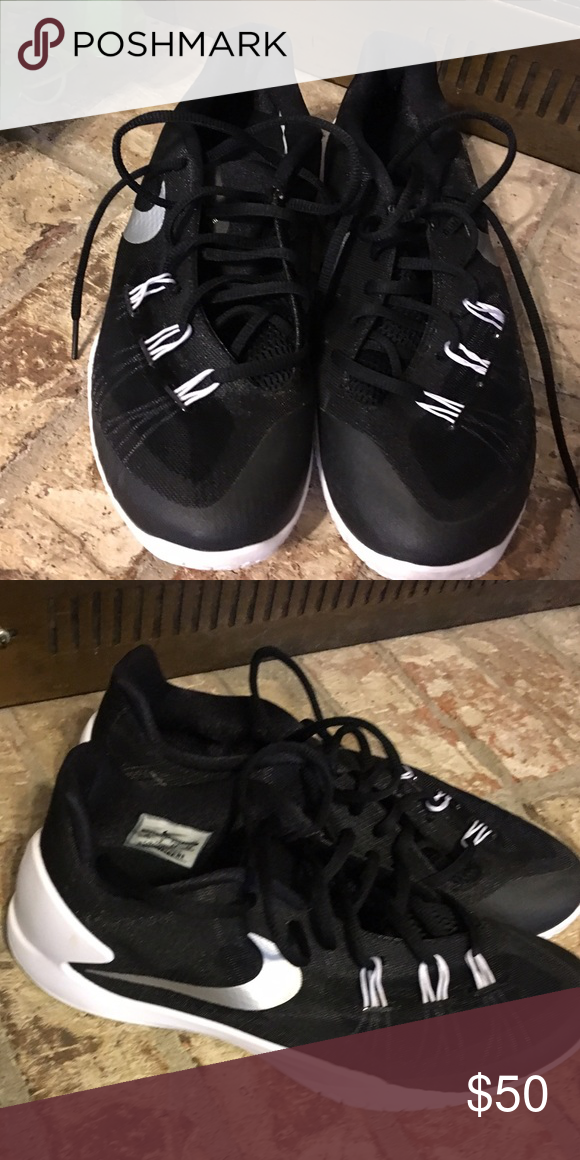newest c2b3a cac37 Men s Nike basketball shoes Men s Nike basketball shoe. Brand new. Nike  Shoes Athletic Shoes