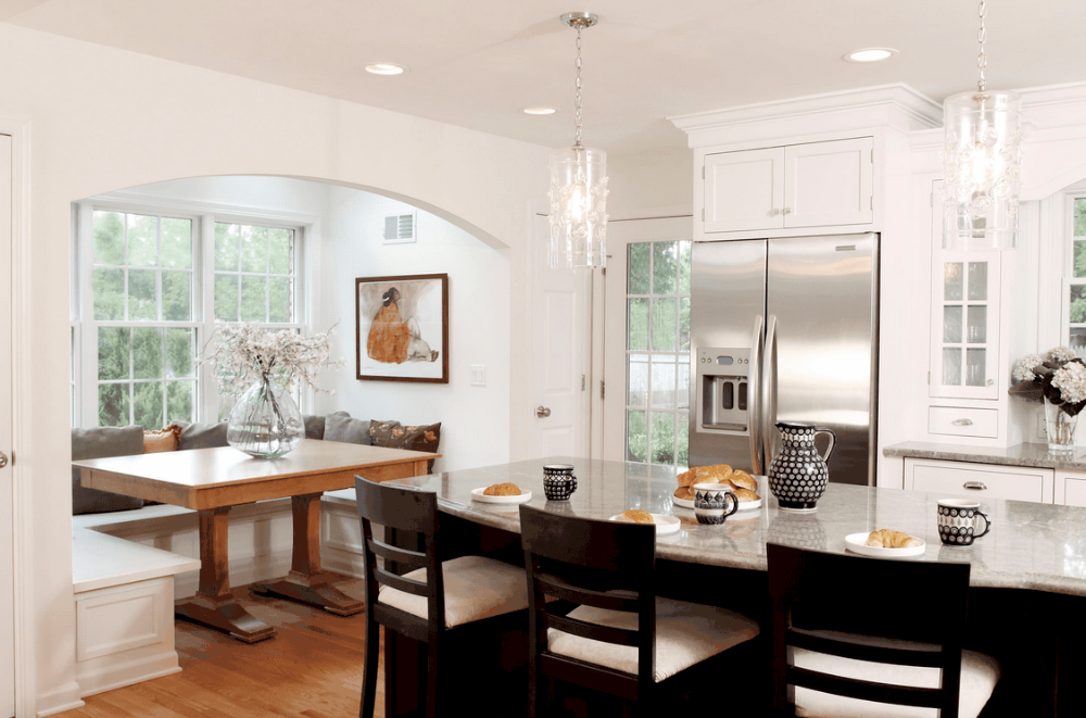 50 Custom Cozy Kitchen Dining Nooks with Built-In Seating (Photos)