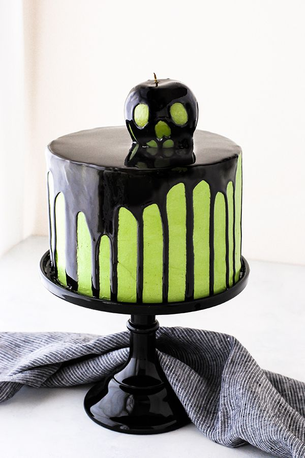 Poison Apple Cake Cakes, Cookies  Other Goodies Pinterest