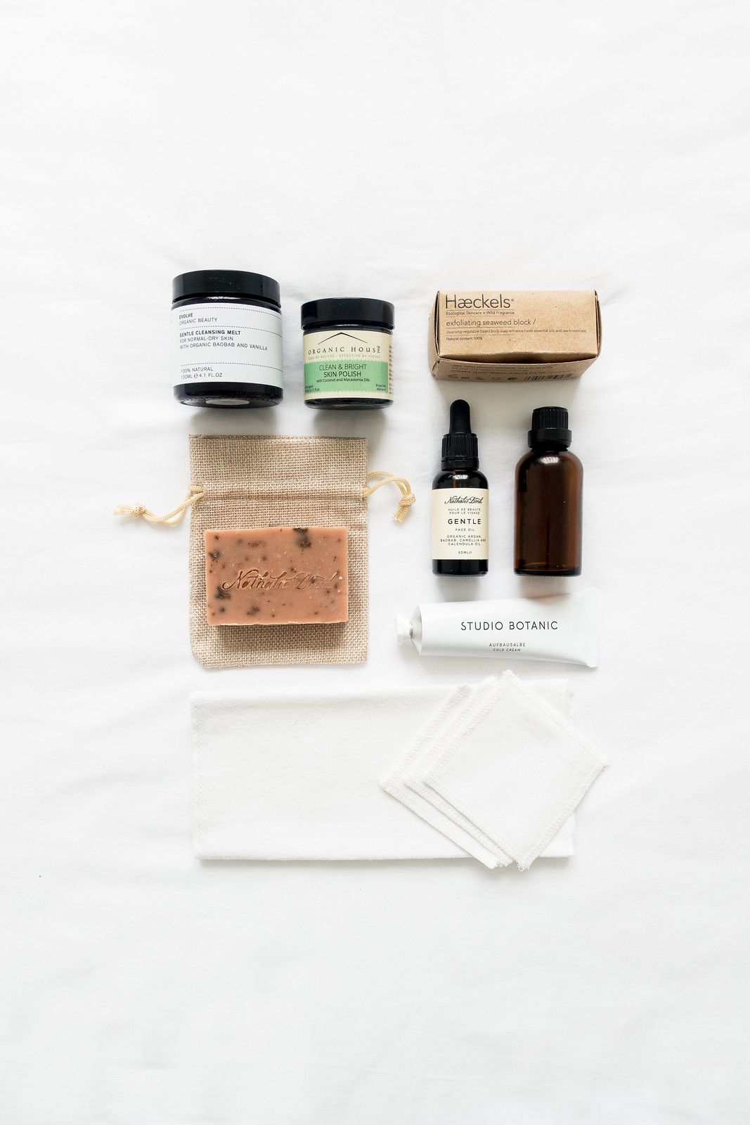 Cleansing, The Zero Waste Way Almond oil moisturizer