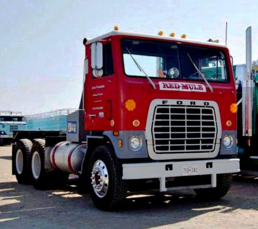 Ford W9000 Series C O E Prime Mover U S A Fifth Wheel Trailers Trucks Classic Trucks