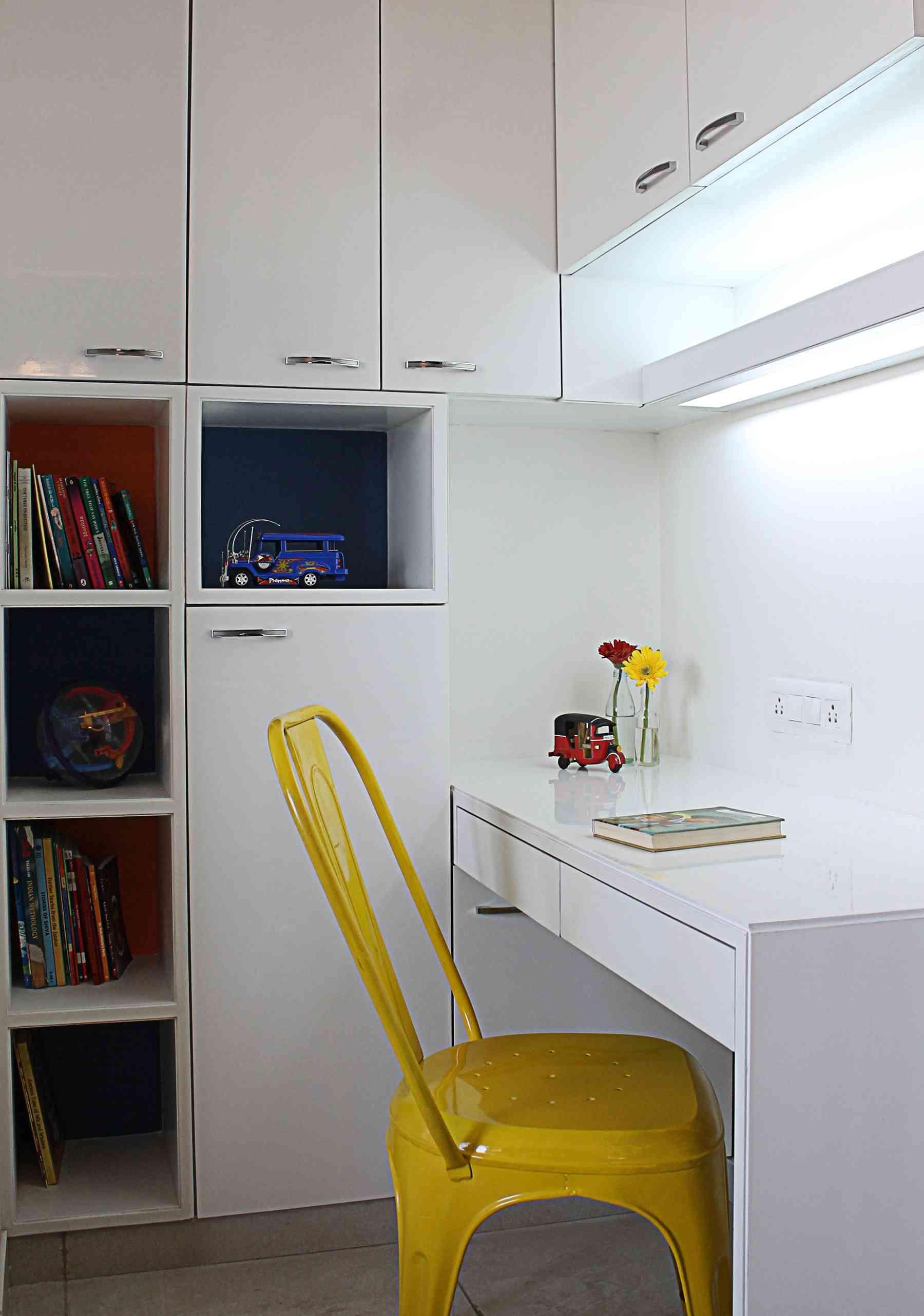 Decent Study Rooms: Study Table Designs, Kids