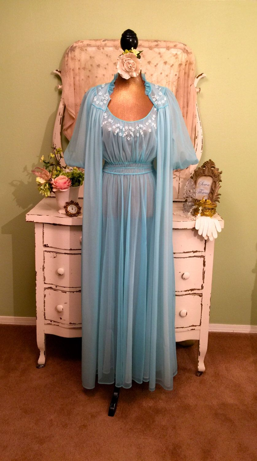Find great deals on eBay for vintage nightgown and robe sets. Shop with confidence.