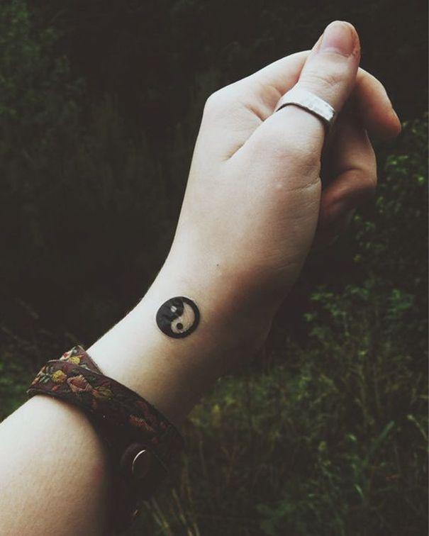 Yin Yang Tattoo On Wrist Inkspired Tattoos Yin Yang Tattoos