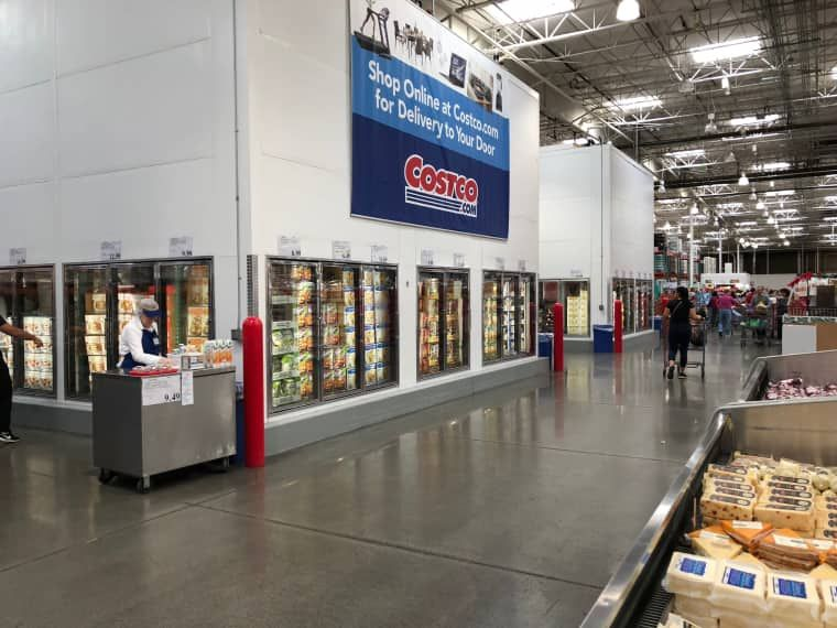 The 5 Best Costco Appetizers To Buy And What To Skip With