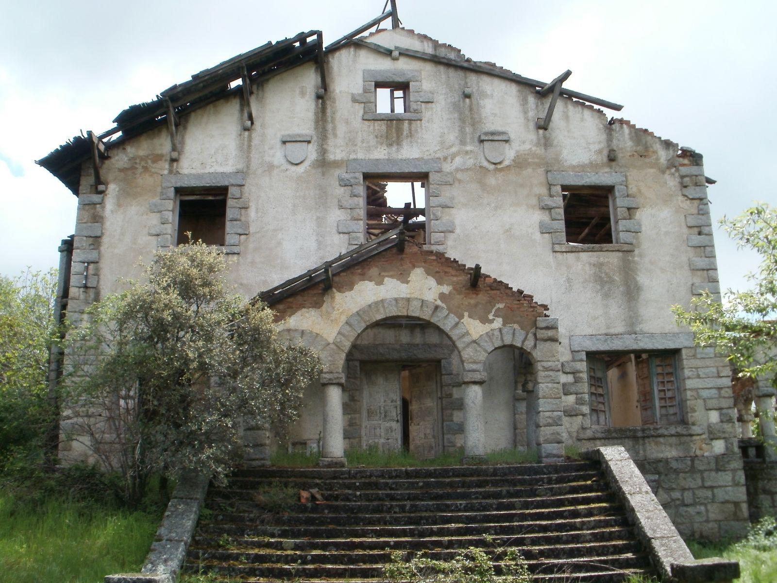 Casa abandonada en la Sierra de Madrid | castillos abandonados ...